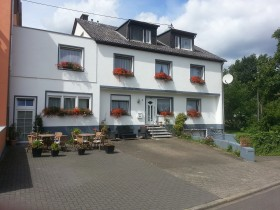 Pension Haus Carolin 1